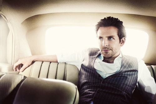 Chaleco vestido por Bradley Cooper