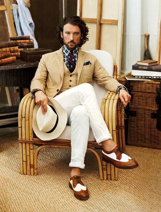 Americana y chaleco Beige Pantalón blanco Ralph Lauren P/V 2013