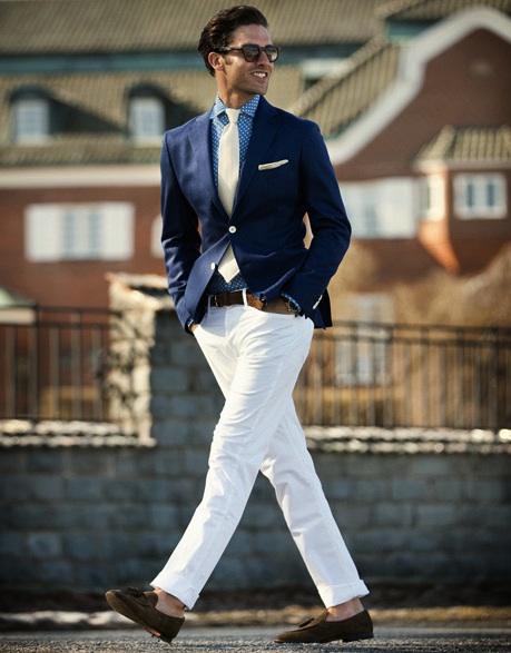 Americana azul pantalón blanco Rose & Born 2013