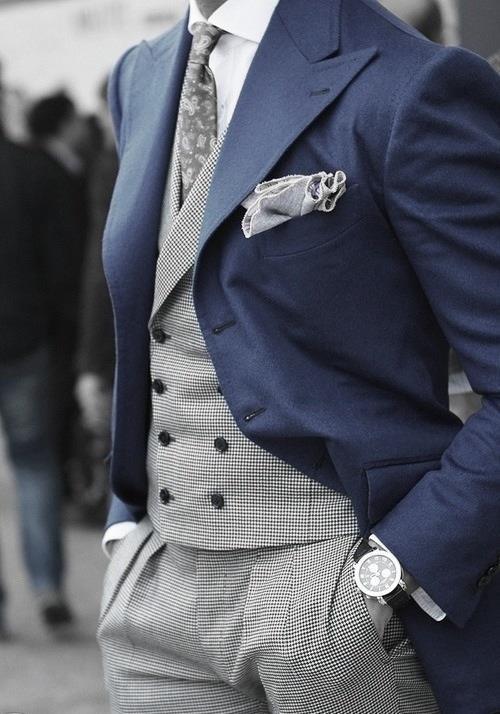 Chaqué azul pantalón y chaleco pata de gallo