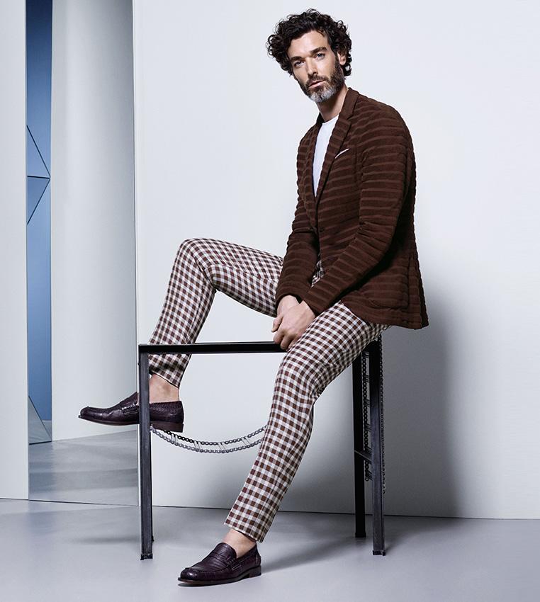 Americana marrón y pantalón cuadros Canali P/V 2016